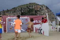 Betclic Soccer kick