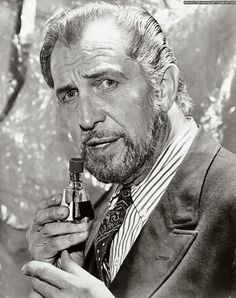 Vincent Price by Harry Goodwin; 6/8