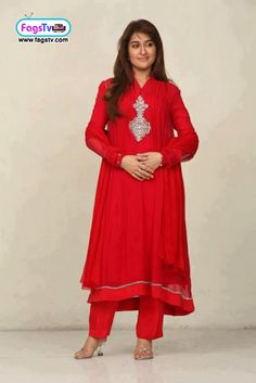 Beautiful Dr. Shaista Wahidi in Red Dress - Fags Tv Video Portal - Funny videos, pictures, Talk shows, online Games, Online Movies and much more