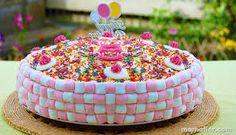 Resultado de imagen para tortas con golosinas infantiles
