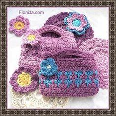 Delicadezas en crochet Gabriela: Cartera de niña