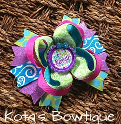 I'm the Favorite boutique bow by KotasBowtique on Etsy, $7.49