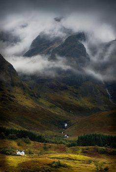 Scotland. Blaven in a malevolent mood. Torrin, Isle of Skye. by Barbara Jones / photosecosse.com on Flickr