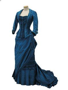 Costume designed by Gabriella Pescucci for Michelle Pfeiffer in The Age of Innocence (1993)  From Tirelli Costumi via the Museo di Roma