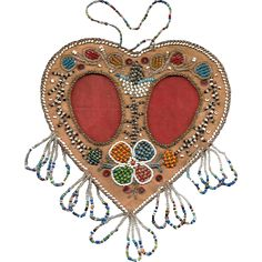 Native American Iroquois Double Heart Beaded Picture Frame French Curtains, Beads Pictures, Couture Embroidery, Iroquois, Hanging Frames, Native American Beading, Beading Projects, People Art, Ancestry