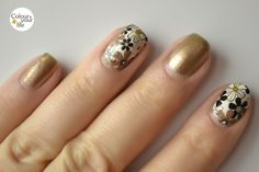 Born Pretty Store Floral Water Decals: http://andicolouryourlife.blogspot.ro/2014/11/born-pretty-store-flower-decals.html