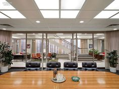 Sterling Cooper & Partners Board Room: behind-the-scenes photos reveal the secrets of Mad Men sets