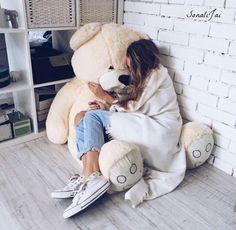 Lazy day on a giant teddy bear ❤ www. Giant Teddy Bear, Cute Teddy Bears, Teddy Girl, Teddy Bear Pictures, Chill Pill, Lazy Days, Cute Photos, Belle Photo, Relax