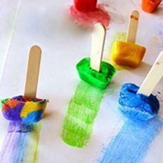 "Frozen paint cubes for creative fun. ""Paintsicles"" Frozen paint cubes for creative fun. From Learn with Play at Home.""Paintsicles"" Frozen paint cubes for creative fun. From Learn with Play at Home. Kids Crafts, Summer Crafts, Toddler Crafts, Preschool Crafts, At Home Crafts For Kids, Preschool Art Centers, Easy Crafts, Preschool Art Projects, Summer Art"