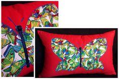 Housse de coussin . Papillons . 22x14 par Tikoutile sur Etsy, $40.00