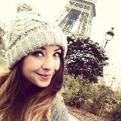 Zoe's hat <3 Why do I not own a beanie?
