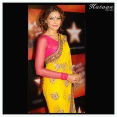#Bipasha Basu in an amazing YELLOW saree