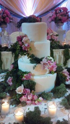 Four tier inspired Garden Wedding www.fabulousandfauxweddingcakes.com Top tier edible only