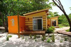 "Namibia – Was ""Locals"" empfehlen. Utila, Tegucigalpa, Beach Village, Honduras Travel, Roatan, Travel Memories, Culture Travel, Hostel, Central America"