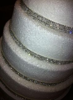 Beautiful Sparkling Wedding Cake