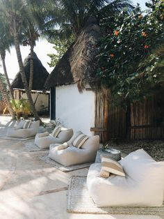 Keep This Secret From everyone going to Tulum - Teréz - Hotel Outdoor Spaces, Outdoor Living, Outdoor Decor, Bar Piscina, Exterior Design, Interior And Exterior, Casa Cook, Beach Bars, Beach Club
