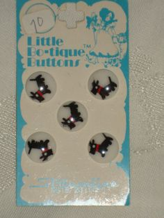 ButtonArtMuseum.com - 3 Cards Vintage White Plastic Buttons with Painted Scotty Dogs