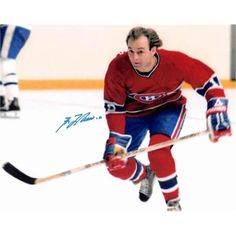 Hockey Legend: Guy Lafleur of the Montreal Canadiens. Montreal Canadiens, Mtl Canadiens, Montreal Hockey, Ice Hockey Sticks, Hockey Pictures, Stars Hockey, Hockey Games, Sports Figures, National Hockey League