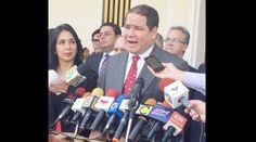 El diputado y presidente de la Comisión de Política Exterior a la Asamblea Nacional, anunció que ya tienen listo el informe para que se invoque la Carta Democrática Interamericana contra el gobiern…