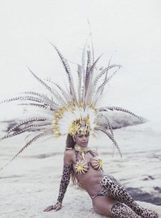Dancer Quiela in costume for the Rio Carnival Photography by Cecilia Duarte