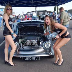 A shameless 'cars and girls' thread (contains sexism) - Page 352 - AutoShite Mini Cooper S, Mini Cooper Classic, Classic Mini, Classic Cars, Grid Girls, Sexy Cars, Hot Cars, Mini Morris, John Cooper Works