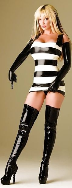 Bad Boots Tart #SchoolGirlTart