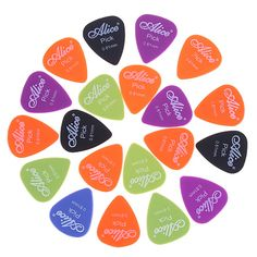 During your spare time, pick up your lovely guitar with this colorful #guitarplectrum. The Various colors and cool design may attract your eye. What's more, the good material is very light.You can take it easier to anywhere you want. So do not hesitate to buy one.>>>>> http://www.tomtop.cc/3YzAj2