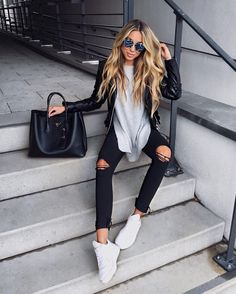 Summer Look - Latest Casual Fashion Arrivals. The Best of clothes in 2017 Perfect Summer Look - Latest Casual Fashion Arrivals. The Best of clothes in Summer Look - Latest Casual Fashion Arrivals. The Best of clothes in 2017 Fall Fashion Trends, Fashion 2017, Look Fashion, Autumn Fashion, Fashion Outfits, Fall Trends, Fashion Spring, Summer Trends, 80s Fashion