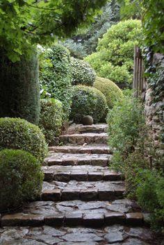 allées de jardin en pierres … | Pinteres…