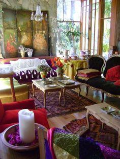 Eclectic Bohemian Decor - the more glamorous kind. #InteriorDesign.