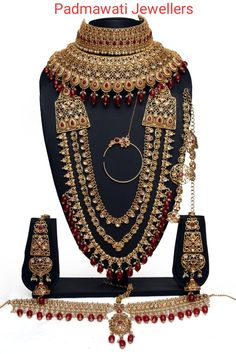 jewellery shop near me - Get your premium jewelry at your doorstep with latest offers and designs. Best jewelry shop for your choice Wedding Jewellery Designs, Wedding Jewellery Inspiration, Antique Jewellery Designs, Wedding Jewelry Sets, Pakistani Bridal Jewelry, Indian Bridal Jewelry Sets, Bridal Necklace Set, Lehenga, Choker