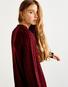 :Cable knit sweater