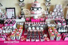 blog sobre fiestas, cumpleaños y celebraciones en general orientado a las mesas de postres y dulces temáticas. 10th Birthday Parties, Studio, Party, Blog, Ideas, Dessert Tables, Candy Stations, Barbie Birthday Party, Birthday Table
