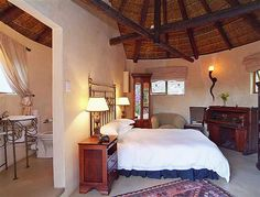 Round House Plans, My House Plans, Cabana, Rammed Earth Homes, African House, Rest House, Thatched House, Small House Design, Home Deco