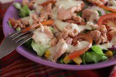 Sałatka z tuńczykiem Salad with tuna