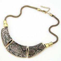 2016 Retro Serpentine Short Collar Choker Necklace Simple Metallic Bib Maxi Necklaces Pendants Gros Collier Femme Kolye Bijoux
