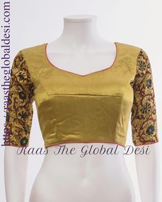 Improve How You Look With These Great Fashion Tips Saree Blouse Neck Designs, Simple Blouse Designs, Stylish Blouse Design, Blouse Patterns, Blouse Styles, Lehenga Gown, Indian Outfits, Women's Fashion, Fashion Blouses