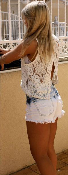 bleached ombre shorts // crochet lace tank