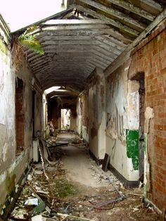 Those of you who have read our postings will probably be aware that we have had several failed attempts at getting into the (in)famous Whittingham Men Nice Houses, Creepy Stuff, Slums, Urban Exploration, Old Buildings, Ghost Towns, Abandoned Places, Mysterious, Decay