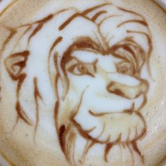 amazing lion king latte art from @sugi in Japan - he made at home as a hobby ライオンキング シンバ(2)