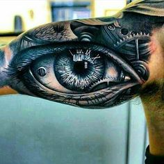 Some realistic eye tattoo❤