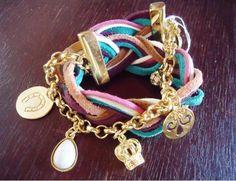 pulseira de couro colorida com dourado