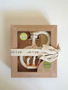 NIP Sophie La Girafe So Pure Teething Ring %100 Natural Rubber