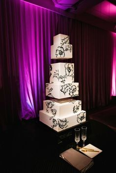 Square Wedding Cake | Photography: Callaway Gable. Read More: http://www.insideweddings.com/weddings/festive-new-years-eve-wedding-with-surprises-in-beverly-hills/803/