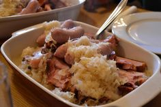 Typisches Herbstgericht - Sauerkraut mit Wurst und Selchkarree