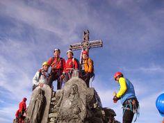 MONVISO Ph:Fabio Pola #montagna #incima #cime #vette #immagini #italia