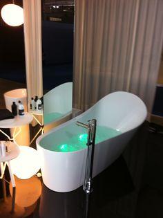 Im privaten Spa sind heute Badezimmer elegante Wohlfühloasen, die individuell eingerichtet sind und zum Relaxen einladen.