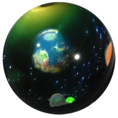 Universe Marbles - Gateson Recko is an expert who creates miracles in glass.