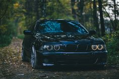 BMW E39 black lowered stance