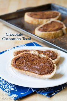 Cinnamon Toast with a punch of chocolate hazelnut flavor. An easy breakfast or snack recipe that will bring smiles to the faces around you. Nutella recipes at Nutella Snacks, Nutella Recipes, Brunch Recipes, Breakfast Recipes, Snack Recipes, Dessert Recipes, Oven Recipes, What's For Breakfast, Breakfast Punch